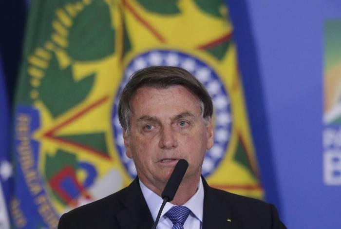 Bolsonaro veta ampliação da desoneração da folha em sanção da MP do emprego