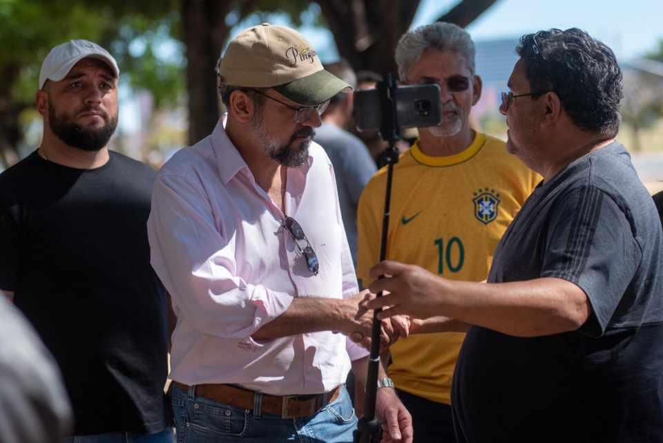 Abraham Weintraub recorre da multa de R$ 2 mil por ignorar uso da máscara