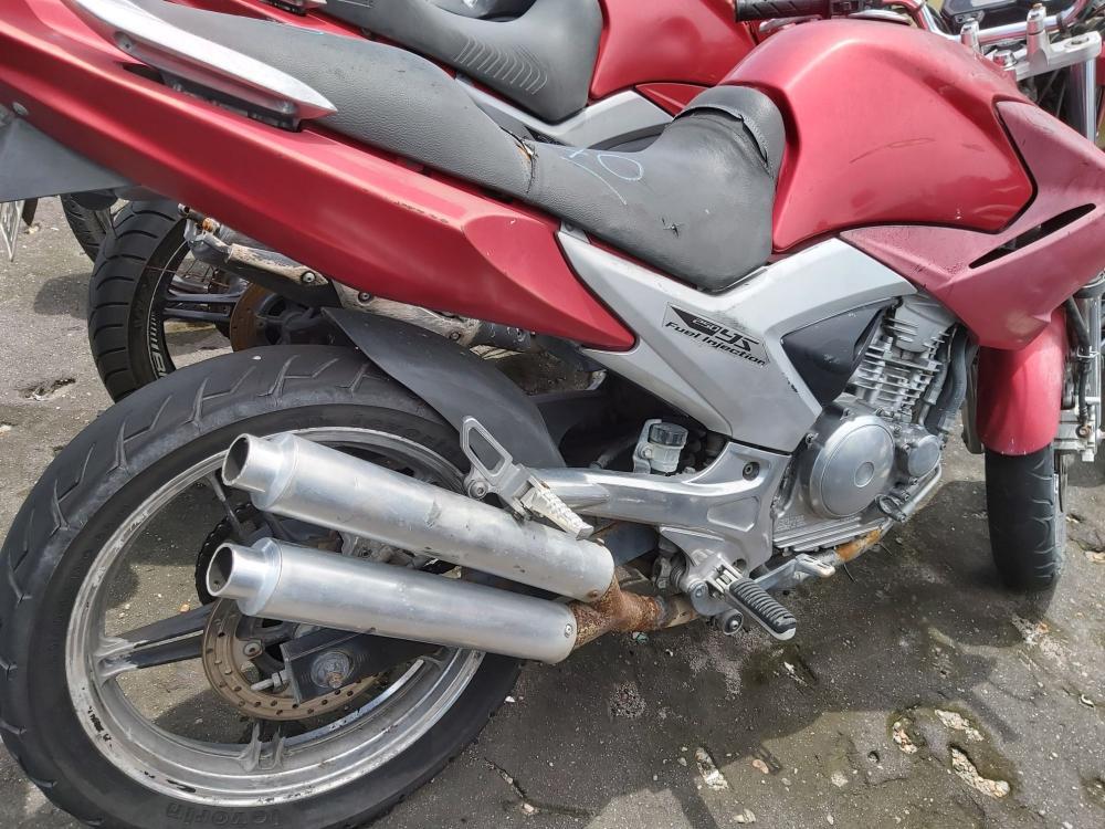 Detran-AM autua donos de motocicletas com escapamento 'barulhento' em Manaus