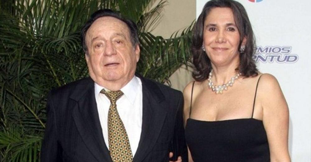 Viúva de Roberto Bolaños, o 'Chaves', critica fim de exibição pelo SBT