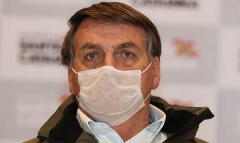 """Medo de """"efeito Dilma"""" faz Bolsonaro recuar na eleição do comando da Câmara"""