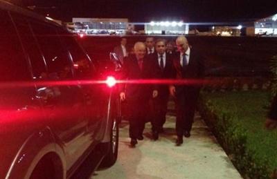 Melo aparece sorridente para recepcionar Ministro da Justiça, após massacre no Compaj