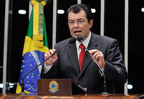 Braga acusa José Melo de fechar acordo com FDN para garantir eleição