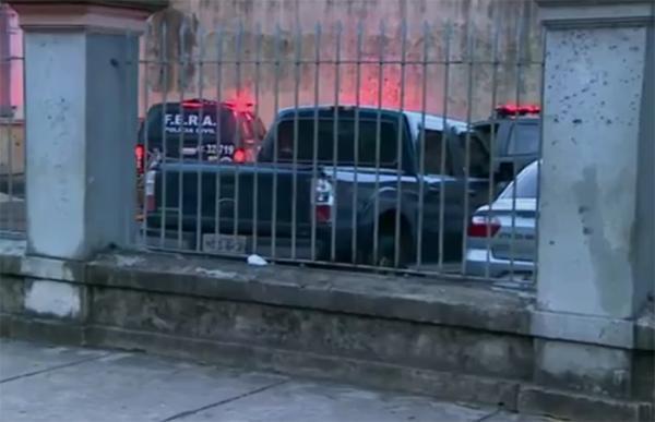 Polícia faz varredura na Cadeia Pública Raimundo Vidal Pessoa