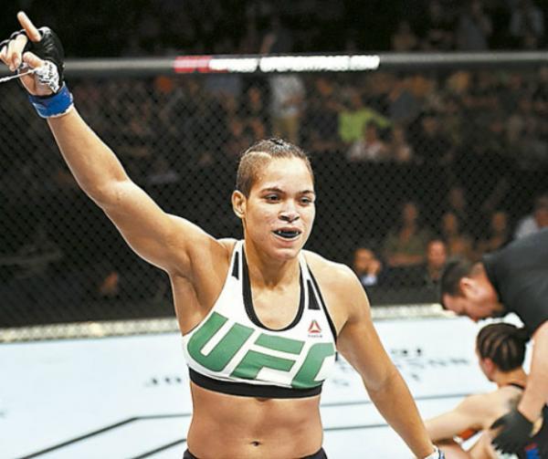 Amanda Nunes projeta subir de categoria e conquistar segundo cinturão