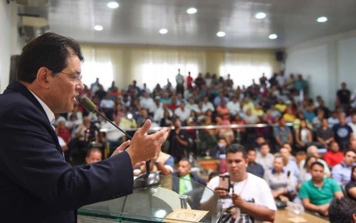 Eduardo Braga anuncia mais recursos para o interior do Amazonas com Luz para Todos