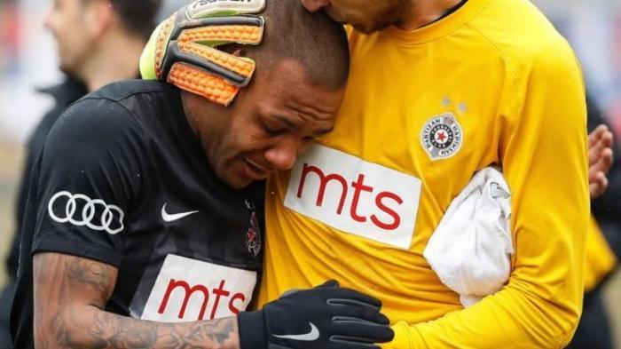 Técnico do Partizan pede punição para o brasileiro Everton Luiz, vítima de racismo