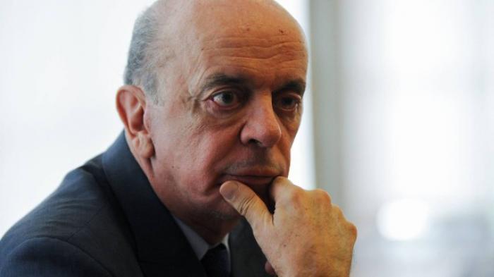 José Serra pede demissão por problemas de saúde
