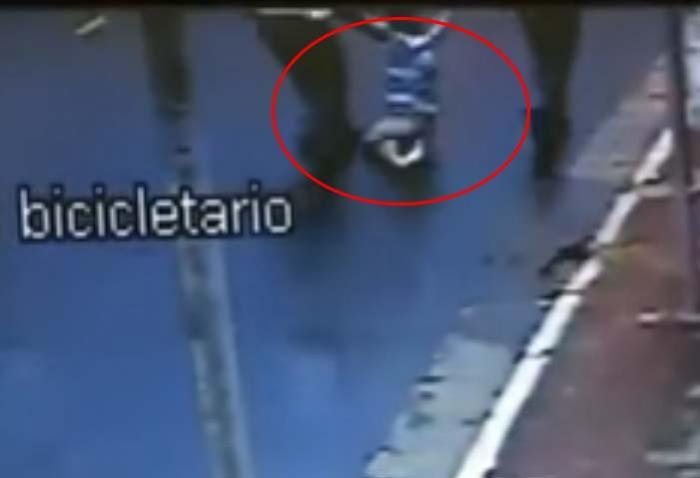 Vídeo registra agressão de funcionários a adolescente no Habib's; cenas chocantes