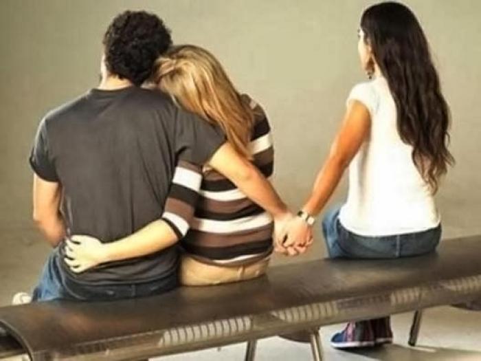 Resultado de imagem para Justiça autoriza divisão de pensão entre esposa e companheira