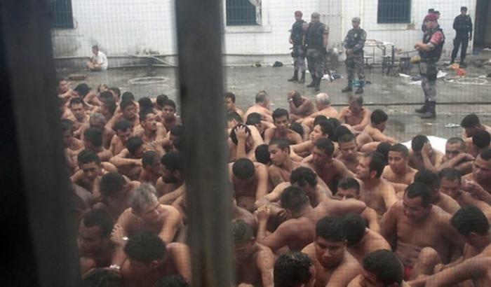 MPF-AM quer que governo informe sobre tortura de presos em cadeias
