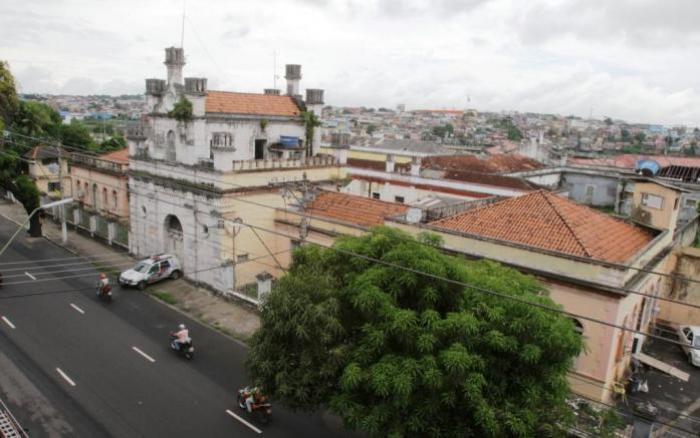 Presos da Cadeia Vidal Pessoa são transferidos para nova unidade prisional
