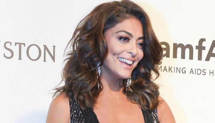 Minibolsinha de esfera brilhante de Juliana Paes é mais cara do que o último iPhone