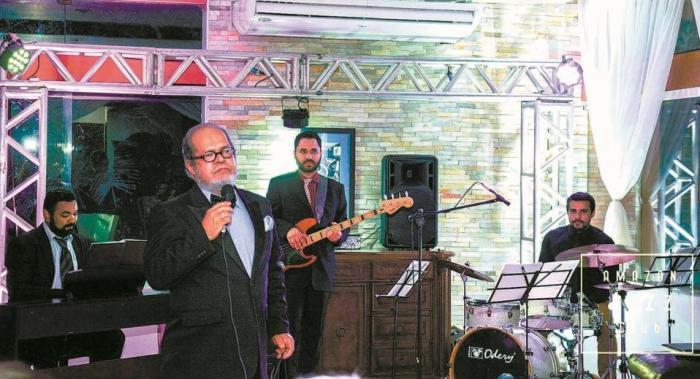 Pai de Vivian Amorim comanda noite de jazz e Beatles no Centro Cultural Morada das Artes