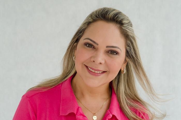 David Almeida nomeia Mirtes Sales para cargo de assessoramento na Casa Civil