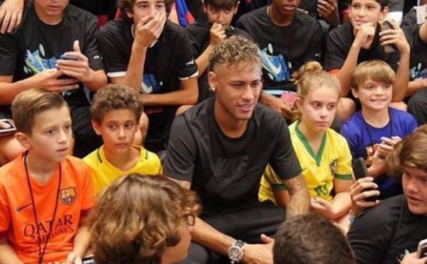 Se fechar com o PSG, Neymar deve receber R$ 96,2 milhões do Barça