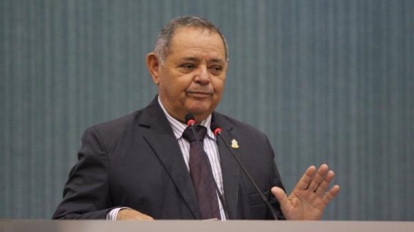 Vereador Gedeão solicita da prefeitura  transporte gratuito para a eleição