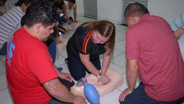 Samu investe em aprimoramento com técnicas para salvar vidas