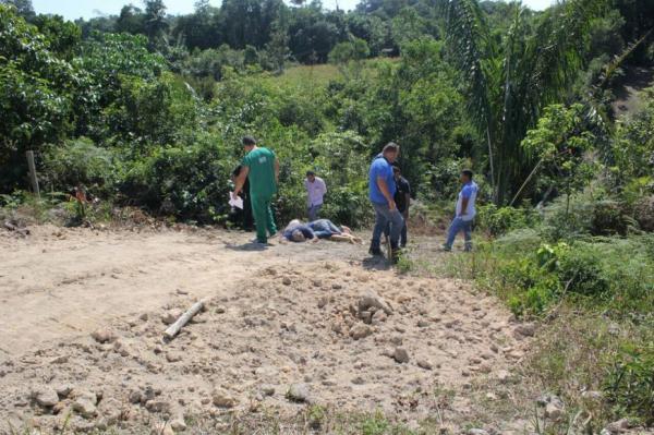 Três corpos são encontrados no Ramal do Brasileirinho mortos por enforcamento