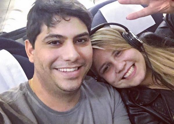 Marília Mendonça confirma fim de noivado: