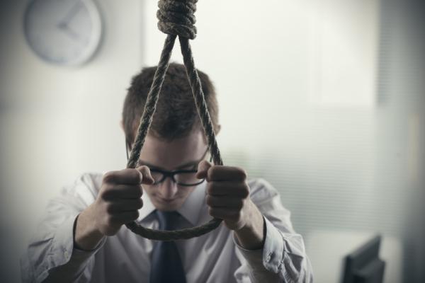 CMM aprova tramitação de projeto de lei que previne o suicídio de jovens