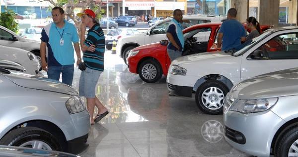 Bancos prometem liberar crédito para comprar carro em 15 minutos; entenda