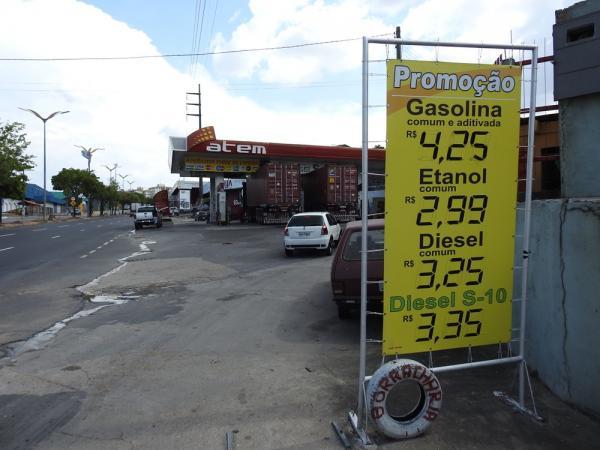 Gasolina comum volta a subir e chega a custar R$ 4,25 em Manaus