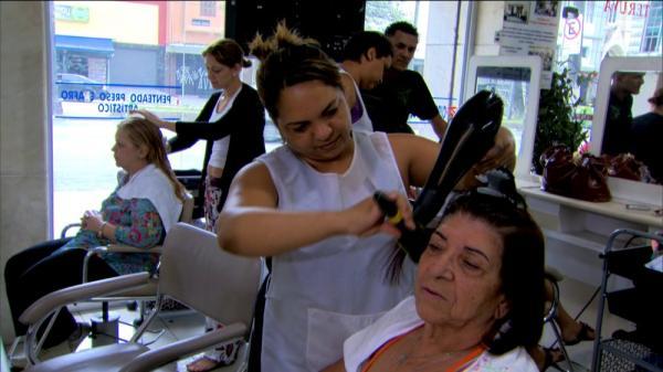 Setor de serviços cresce 5,4% em junho no Amazonas, diz IBGE