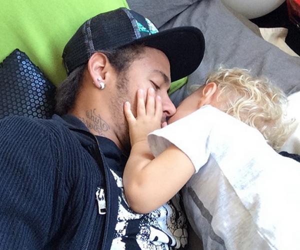 Neymar fala sobre filhos e medo de ataques terroristas