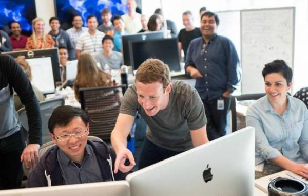 Mark Zuckerberg fala sobre inclusão de notícias pagas no Facebook