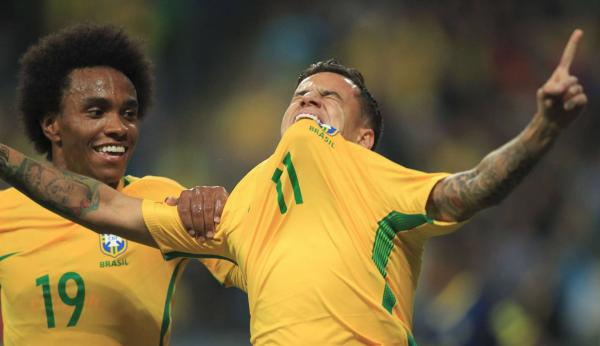 Brasil vence Equador por 2 x 0 e assegura primeiro lugar das Eliminatórias