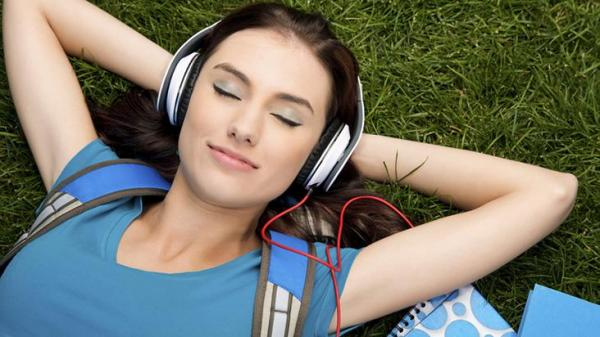 Fone de ouvido pode causar até surdez