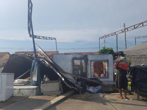 Chuva e ventania causam destruição em ruas das Zonas Norte e Oeste de Manaus