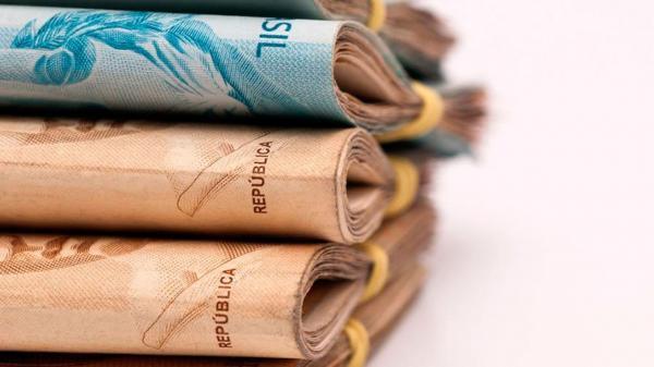 Salário mínimo deveria ser R$ 3.744,83, aponta Dieese