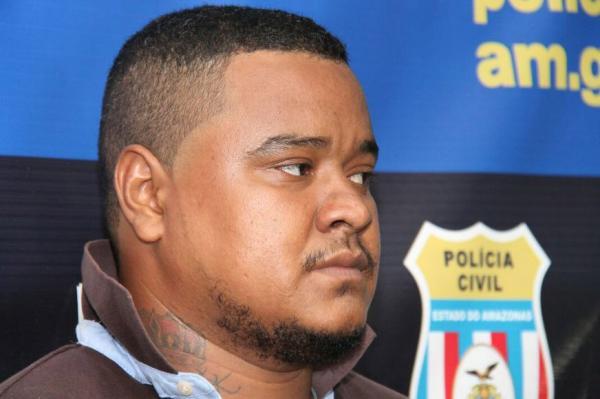 Homem que já responde por homicídio é preso por roubo e sequestro