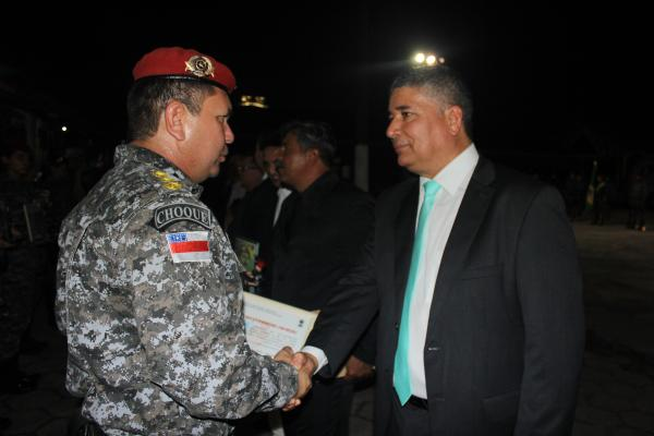 Polícia Militar homenageia secretário da Seap