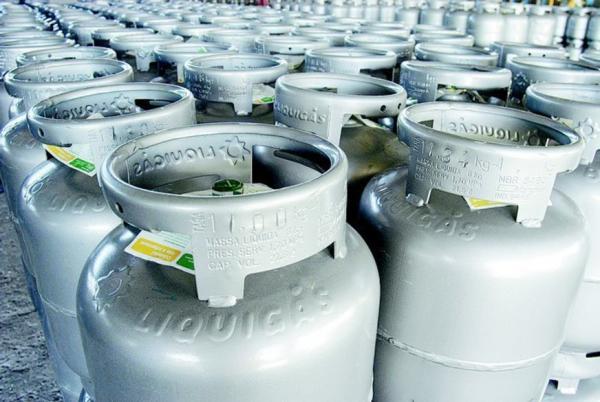 Petrobras aumenta gás de cozinha em 6,9% a partir desta terça-feira (26)