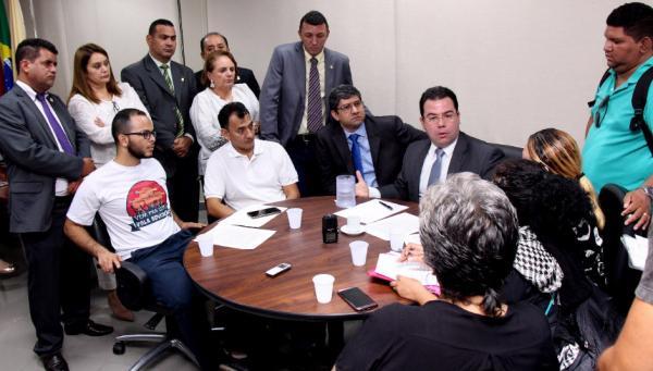 Câmara vai mediar reunião com representantes dos professores da Prefeitura