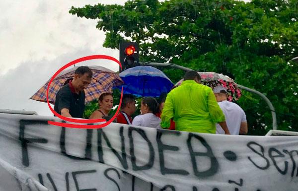 Políticos e militantes do PT estão por trás das manifestações pelo abono do Fundeb
