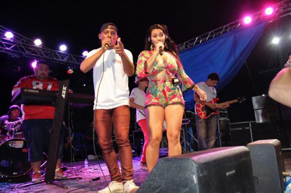 Festa da Melancia leva shows musicais a comunidade rural de Presidente Figueiredo