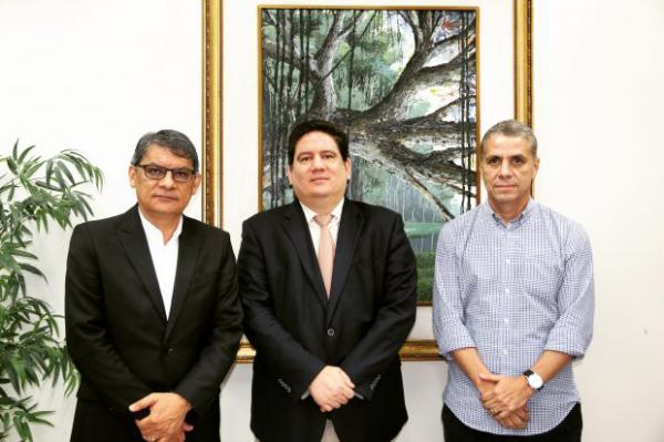 Secretário Francisco Deodato entrega à Rede de Controle um raio-x da saúde, na próxima semana