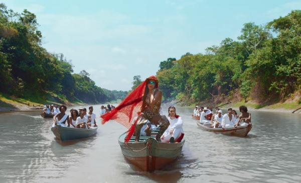 Novo videoclipe da cantora Anitta exalta belezas naturais do Amazonas