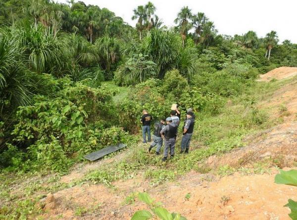 Ossada humana é encontrada em margem de igarapé na Zona Norte de Manaus