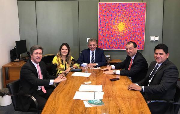 Sejel busca recursos para modernizar centros esportivos e de convivência do Amazonas