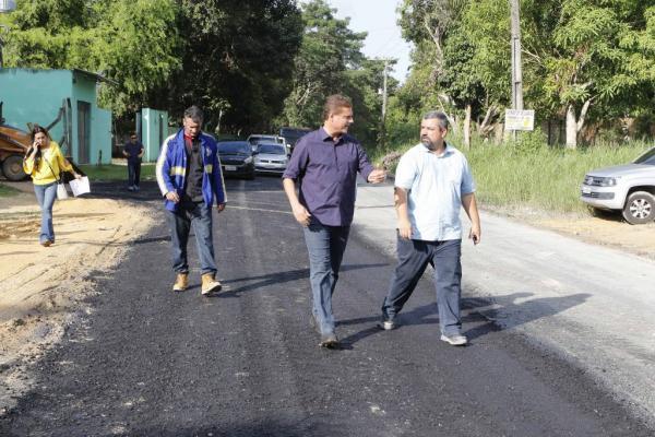 Ramal do Ipiranga recebe asfalto pela primeira vez