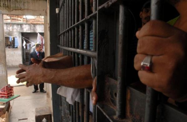 Liminar determina transferência de presos da delegacia de Manacapuru