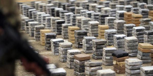 Polícia apreende cerca de 900 kg de cocaína pura em comunidade no Amazonas