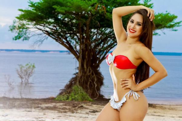 Isabelle Nogueira assume posto de cunhã-poranga do boi Garantido