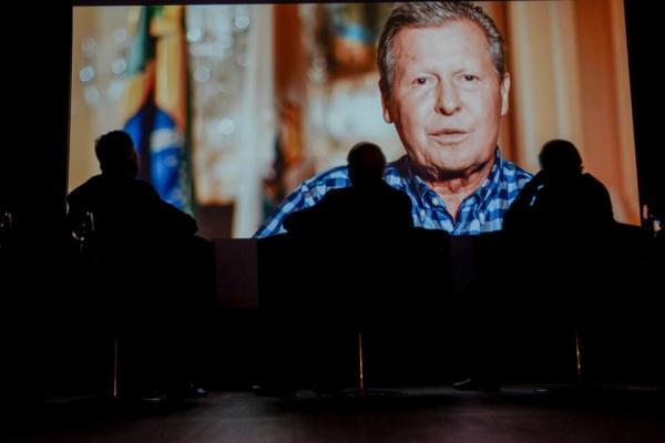 Candidatura de Arthur entusiasma líderes em Brasília, diz Estadão