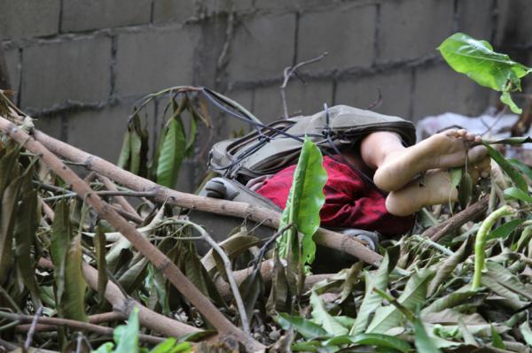 Corpo encontrado dentro de mala em Manaus é de adolescente de 16 anos
